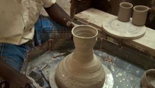 陶艺制作基础Ⅱ:陶器轮制法